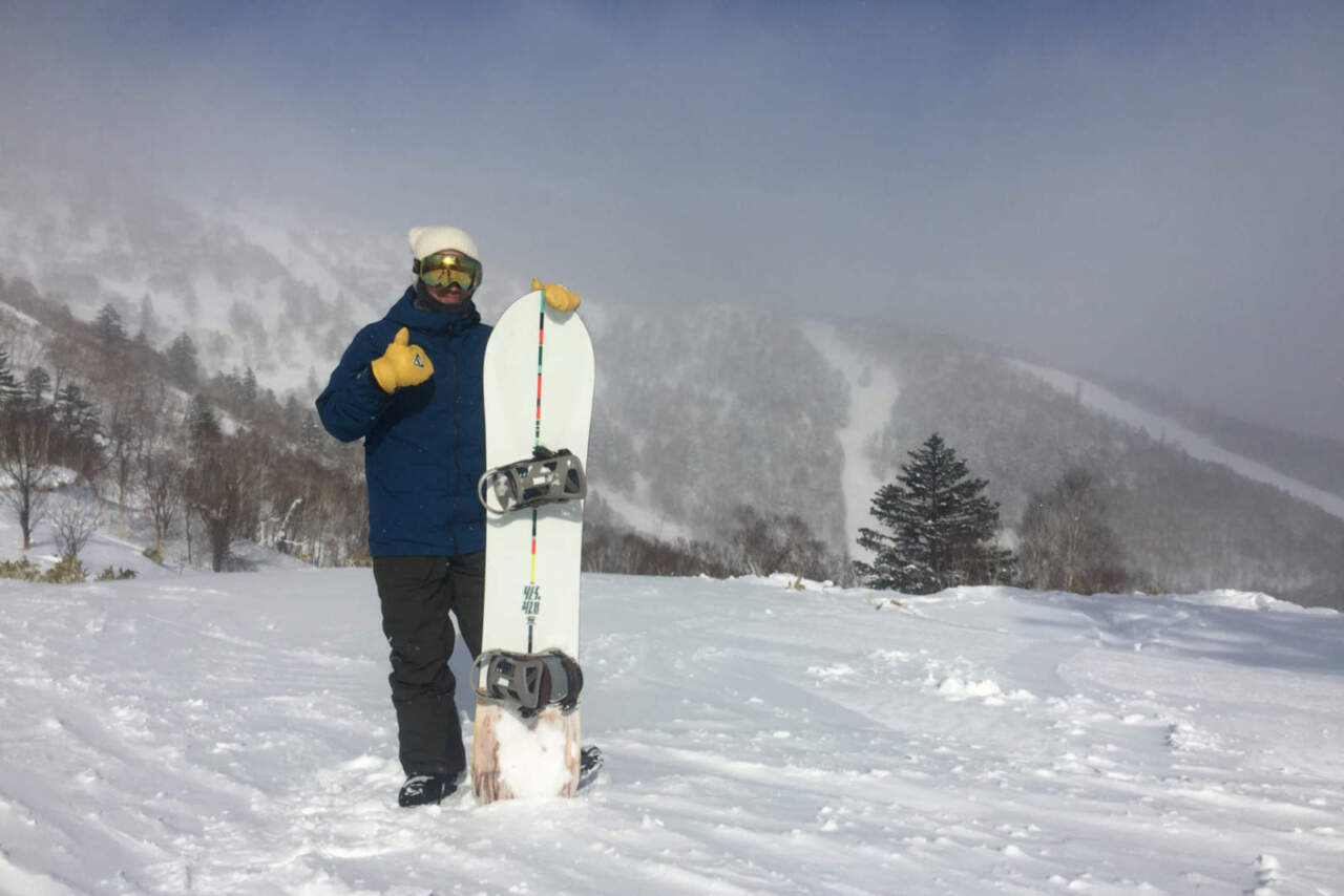 YES NOW BOARD THE420 POWDER HULL 寺岡さん