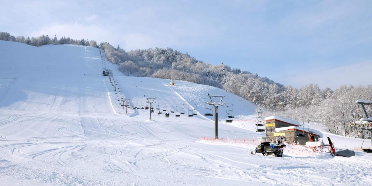 桂沢国設スキー場|リフト乗り場~メインバーン