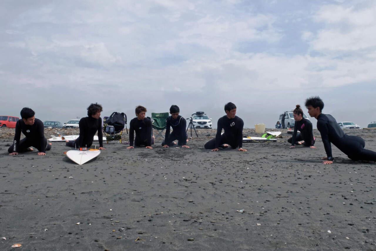 TANAKA'S BOOT CAMP サーフコーチングの様子