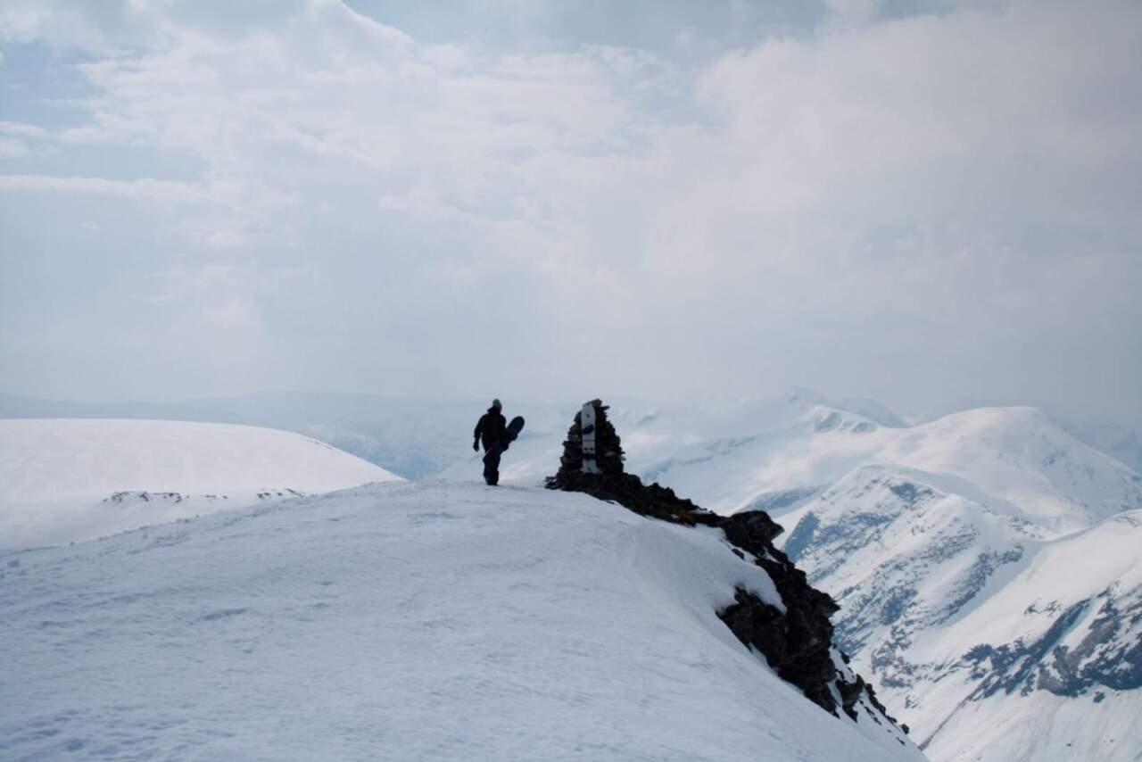 ノルウェーの山 photo by fjell snowboards
