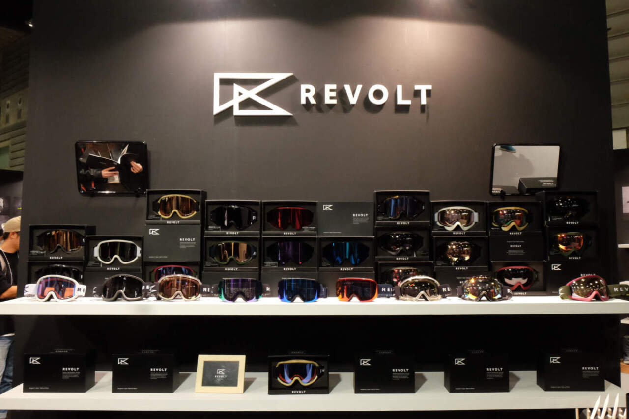 revolt展示会ブース
