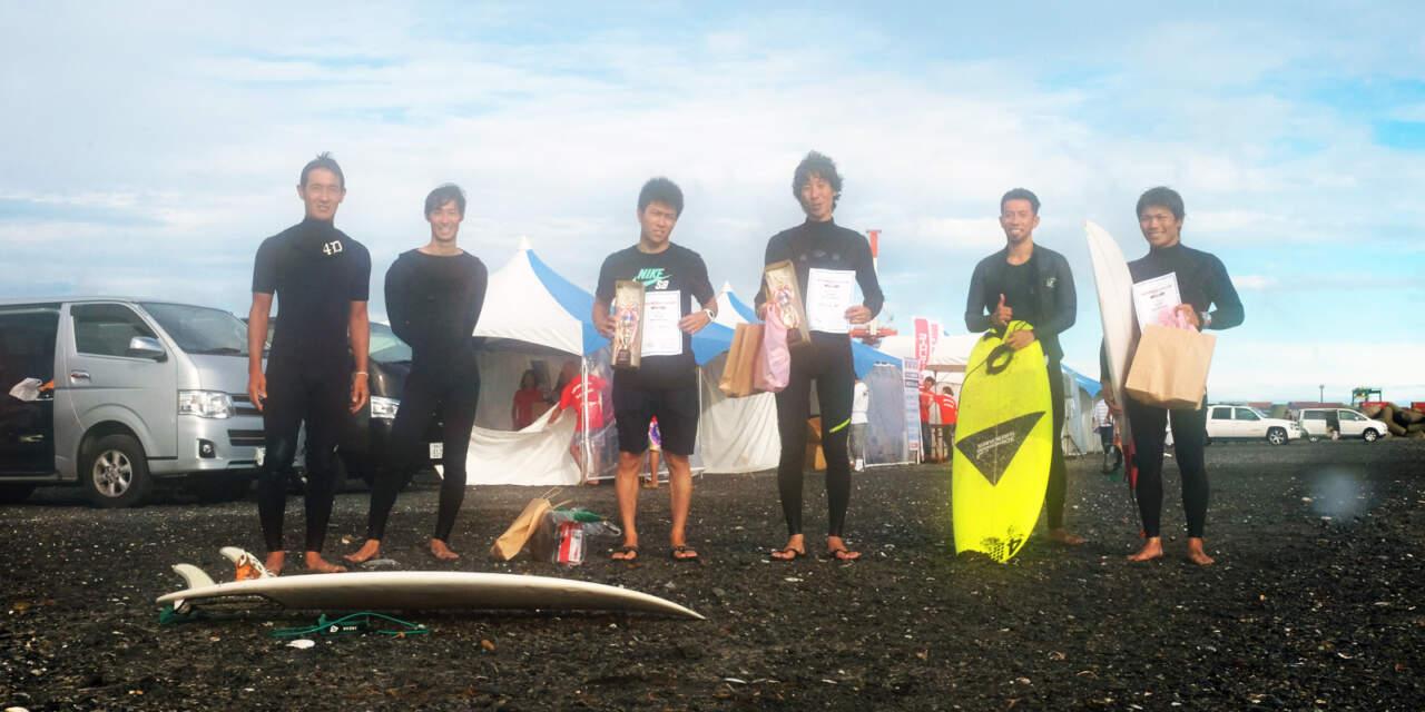田中岳宏コーチとMOJANE SURF