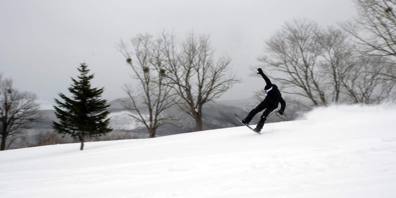 fjell snowboards MT1230に乗る諸橋正太|朝里川