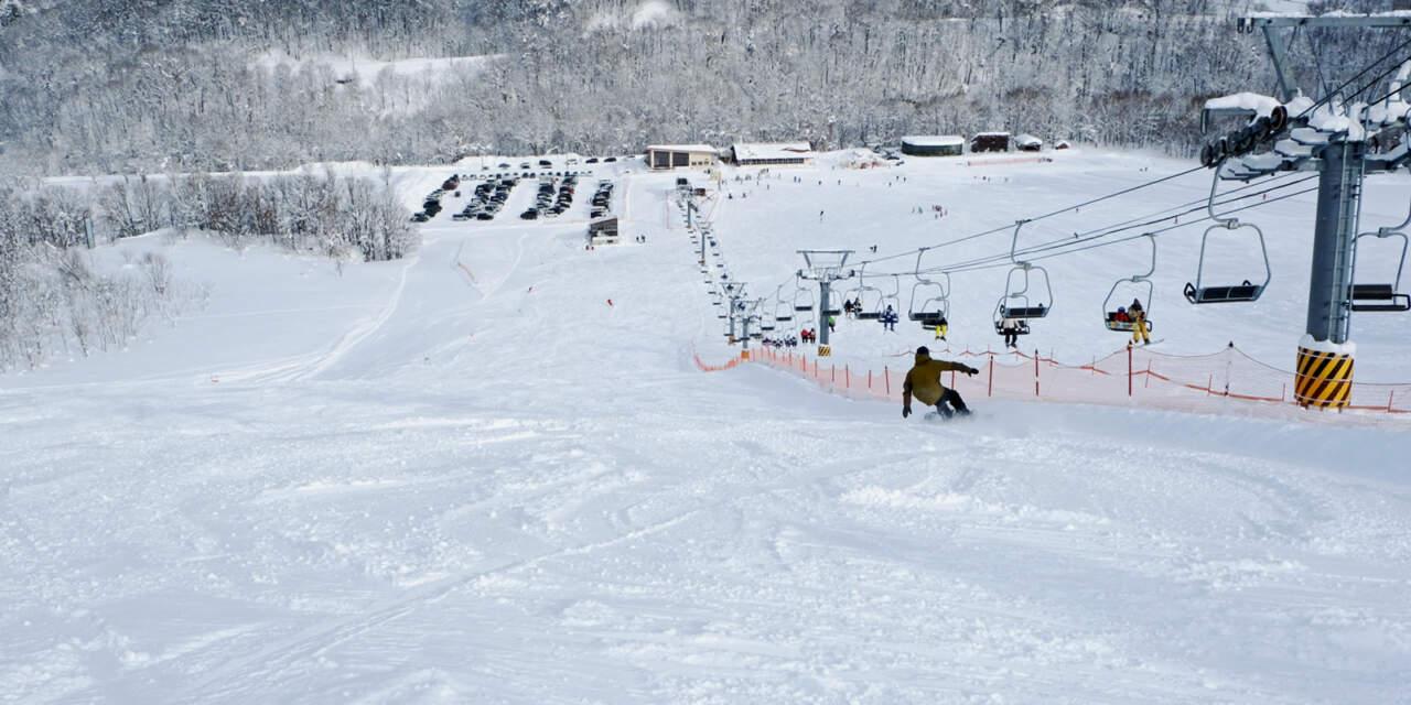桂沢国設スキー場|赤コース