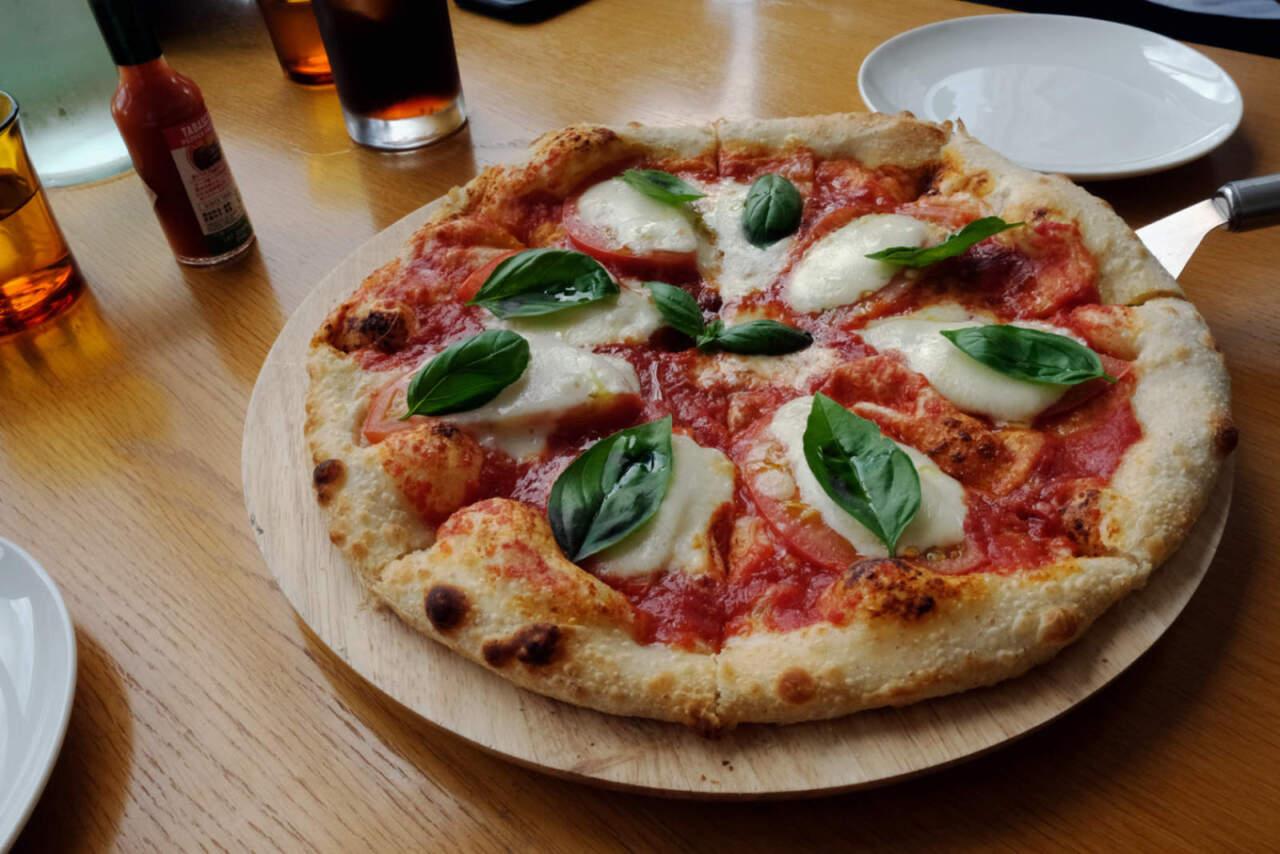 RAPHAELのピザ
