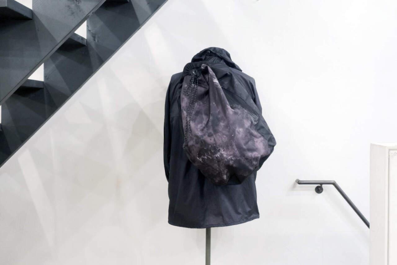 BURTONのバッグ