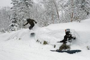 大雪山層雲峡黒岳スキー場|いち早く、最後まで。良質の雪に出会