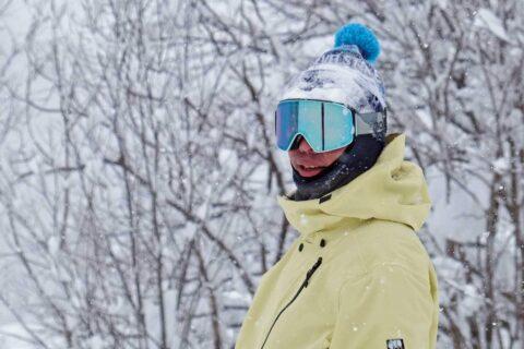 ANON|まるで裸眼!?雪面の陰影を際立たせるパシーブレンズ